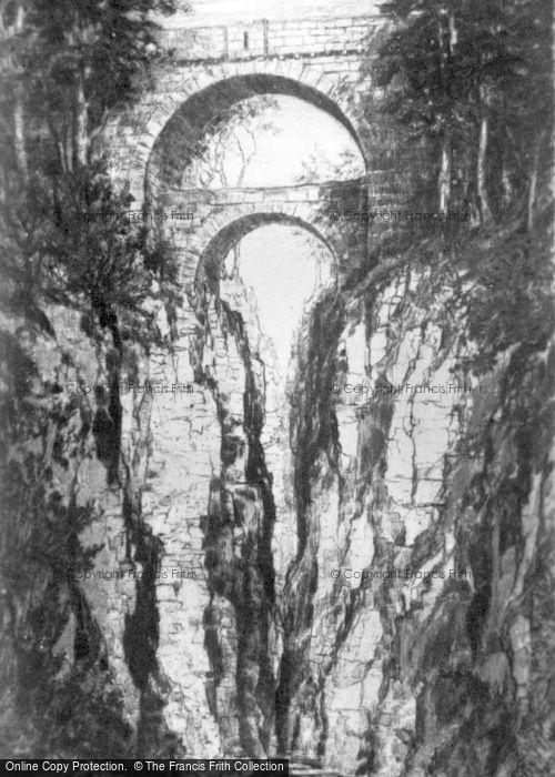Rumbling Bridge photo