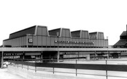 Runcorn, Market Hall & Bus Station c1965