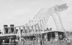 Runcorn, Widnes Bridge c.1961