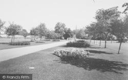 Rushden, Hall Park c.1960