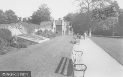 Rushden, The Gardens, Hall Park c.1960