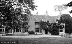 Rushden, The Hall c.1955