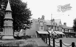 Rushden, The War Memorial And High Street c.1955