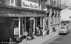 Rushden, Thomas Ltd, High Street 1966