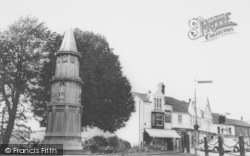 Rushden, War Memorial c.1965