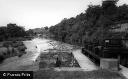 The Weir And River c.1960, Ruswarp