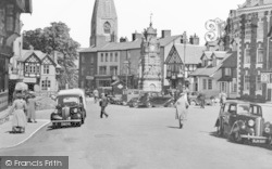 Ruthin, St Peter's Square And Clock Tower c.1939