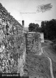 Ruthin, The Castle Walls 1952