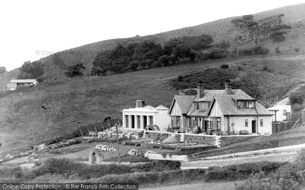 Ruthin, the Clwyd Gate c1955