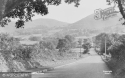 Ruthin, The Mold Road c.1950