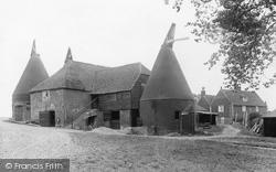 Cadborough Farm Buildings And Oast Houses 1925, Rye