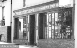 Saffron Walden, Businesses In Market Street c.1965