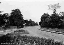 Saffron Walden, London Road c.1955