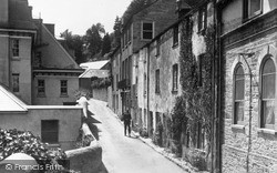 Salcombe, Bakers Well c.1932
