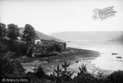 Salcombe, Cottage Over Ferry 1890