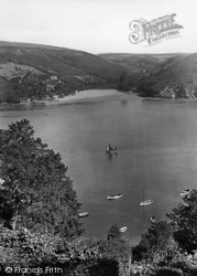 Salcombe, Mill Bay 1928