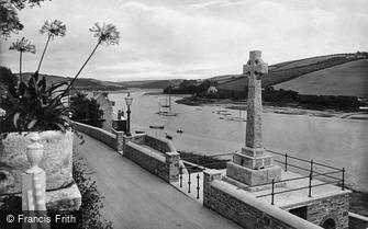 Salcombe, War Memorial 1922