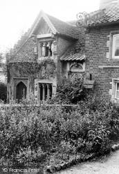 Gods Providence House 1934, Salhouse