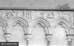Salisbury, Cathedral, Chapter House 1911