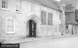 Salisbury, Church House 1958