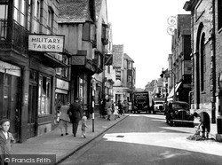 Salisbury, Fish Row c.1950