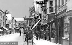 Salisbury, High Street 1906