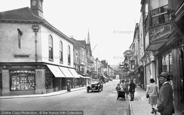 Photo of Salisbury, High Street 1928