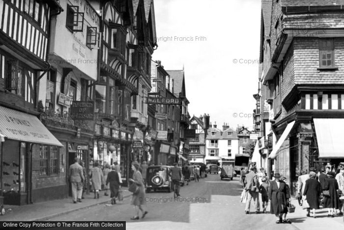 Photo of Salisbury, Minster Street c.1950