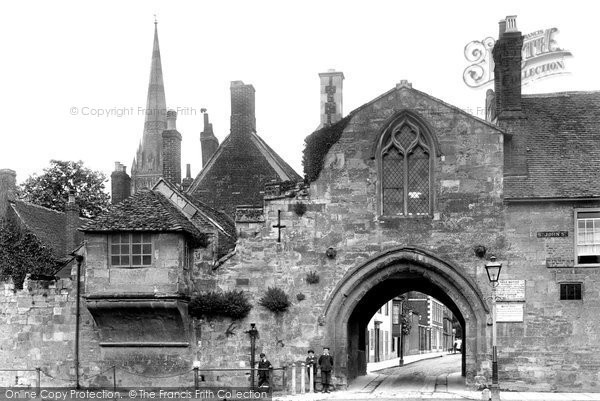 Photo of Salisbury, St Ann's Gate 1906