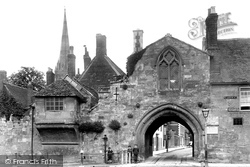 Salisbury, St Ann's Gate 1906