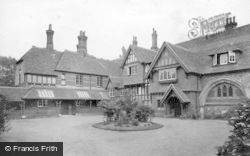 Salisbury, St Nicholas Hospital 1913