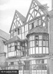 Salisbury, The Old George Hotel c.1950