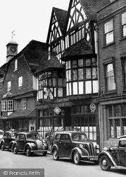 Salisbury, The Old George Hotel c.1955