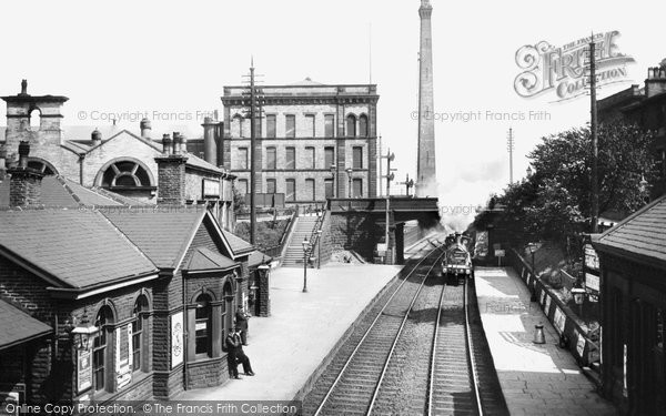 Saltaire, The Railway Station 1909