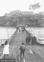 Saltburn-By-The-Sea, The Public On The Pier 1913