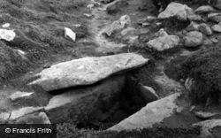 Samson, Bronze Age Cist, North Hill c.1955