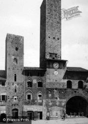 Palazzo Vecchio Del Podestà c.1910, San Gimignano