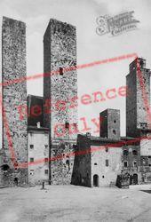 Piazza Delle Erbe And Towers c.1910, San Gimignano