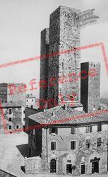 Via San Matteo, Torri Dei Salvucci And Casa-Torre Pesciolini c.1910, San Gimignano