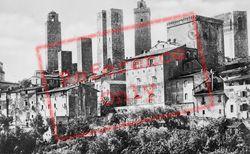 View From Conservatorio Di Santa Chiara c.1910, San Gimignano