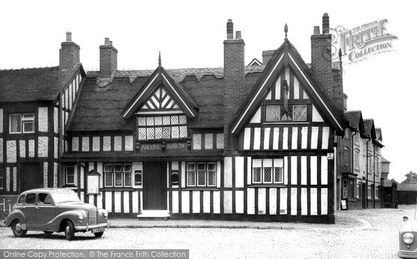 Photo of Sandbach, Black Bear Inn (1634) c.1955