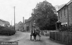 Sandhurst, Horse And Cart 1906
