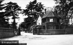 Sandringham, The East Lodge c.1931