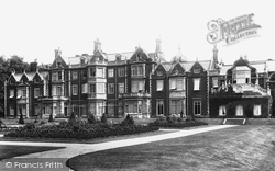 The House 1896, Sandringham