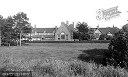 Sandwich, Manwood School c.1955