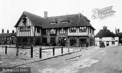 Sandwich, Town Hall 1924