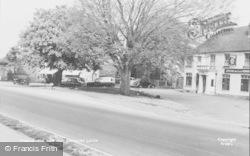 Sarisbury Green, The New Inn c.1955, Sarisbury