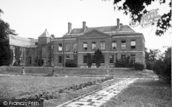 Sarnesfield, The Court Hotel c.1950