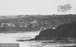 Saundersfoot, General View From East c.1948
