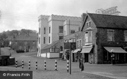 Saundersfoot, High Street 1949